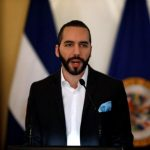 رئيس السلفادور يهدد سائقي السيارات بسبب فيروس كورونا