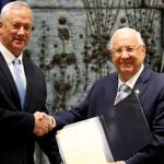 جانتس منافس نتنياهو يتلقى تفويضا رسميا بتشكيل حكومة جديدة في إسرائيل
