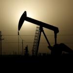 النفط يستقر مع تلميح روسيا إلى احتمال تخفيف التخفيضات الانتاجية لأوبك