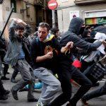 200 جريح في كتالونيا إثر صدامات عنيفة بين الانفصاليين والشرطة