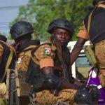 ارتفاع حصيلة قتلى الشرطة في هجوم مسلحين في بوركينا فاسو إلى 15 قتيلا
