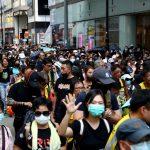 عشرات المتظاهرين يتحصنون في جامعة البوليتيكنيك في هونج كونج