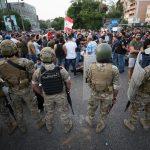 لبنان.. الاحتجاجات تشل حركة الحكومة وتطالبها بالرحيل
