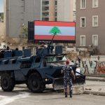 مُدّعٍ عسكري لبناني يوجه تهمة القتل إلى جندي أطلق النار على متظاهر