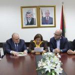 وزيرة الصحة تعلن التوصل لاتفاق يُنهي أزمة مستشفى المطلع بالقدس