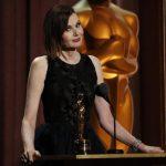 جينا ديفيس تفوز بأوسكار شرفية لجهودها في المطالبة بالمساواة بين الجنسين