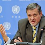 كوبيش يطالب بإجراء انتخابات رئاسية وبرلمانية حرة ونزيهة في ليبيا