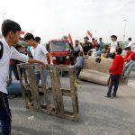 العراق.. إضراب عام ومطالبات بإقالة الحكومة