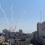 الاحتلال يزعم سقوط قذيفة صاروخية أطلقت من غزة