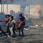 أنباء عن 3 قتلى في مواجهات بين المتظاهرين والأمن ببغداد.. والحكومة تنفي