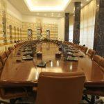 عقدة تشكيل حكومة إنقاذ لبنانية.. بين التكليف والتأليف
