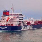 بريطانيا تخفض مستوى المخاطر الأمنية التي تواجه سفنها بمضيق هرمز