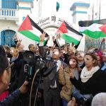 تونس.. وقفة تضامنية مع المصور الفلسطيني معاذ عمارنة