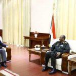 السودان.. البرهان يبحث مع المبعوث الأمريكي العلاقات الثنائية