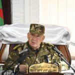 رئيس أركان الجيش الجزائري يوجه بعدم المساس بالمتظاهرين