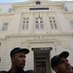 وضع رئيس الوزراء الجزائري الأسبق تحت الرقابة القضائية
