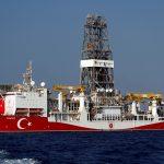 بعد تهديدات اليونان.. تركيا تسحب سفن حربية من شرق المتوسط