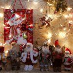 قرية بلجيكية تتحول لقبلة لعيد الميلاد بإضاءة 25 ألف مصباح في حديقة خاصة