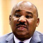 السودان يعتزم تجميد قرار رفع دعم الوقود