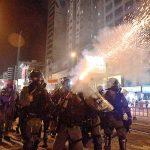هونج كونج تودع 2019 باحتجاجات وتستقبل العام الجديد بمسيرة كبيرة