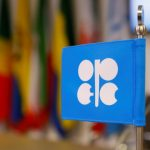 أوبك+ تبحث زيادة تخفيضات إنتاج النفط بأكثر من 400 ألف ب/ي