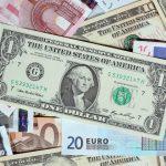 العملات الرئيسية تنتظر تفاصيل اتفاق التجارة الأمريكي الصيني