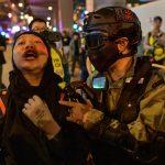 متظاهرو هونج كونج يعودون إلى الشارع بعد فترة تهدئة قصيرة