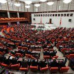 انشقاقات الأحزاب تقود لتوسيع التحالفات السياسية في تركيا