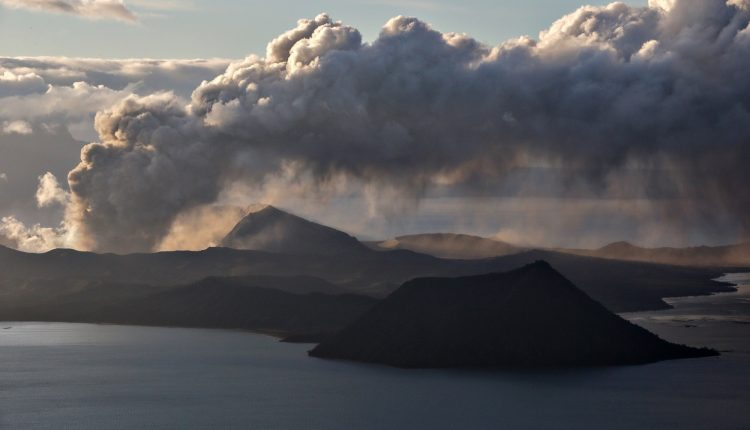 The Taal Volcano spews ash as it continues to errupt in Tagaytay City,