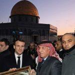 الرئيس الفرنسي يتجول في ساحات المسجد الأقصى