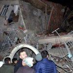 ارتفاع عدد القتلى في تركيا بسبب الزلزال إلى 17