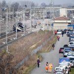 مقتل شخصين بعد خروج قطار سريع عن القضبان في إيطاليا
