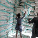 تقرير يكشف دور ميليشيا الحوثي في منع المساعدات باليمن