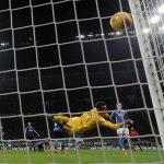رويز يقود نابولي للفوز 1-صفر على إنتر ميلان في كأس إيطاليا