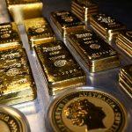الذهب يتراجع مع صعود الدولار وارتفاع الأسهم