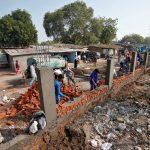 بناء جدار عازل لإخفاء الفقراء عن ترامب أثناء زيارته للهند