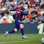 برشلونة يفوز بصعوبة على بلد الوليد ويواصل ملاحقة ريال مدريد