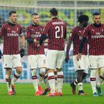 فيورنتينا ينتفض بعشرة لاعبين ويتعادل مع ميلان