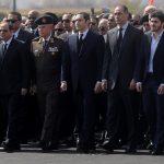 السيسي يتقدم المشيعين في جنازة الرئيس المصري الأسبق حسني مبارك