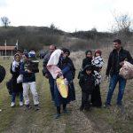 ألمانيا تستقبل نحو 100 طفل من مخيمات اللاجئين في اليونان