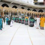 السعودية: غسل وتعقيم المسجد الحرام 4 مرات يوميا لسلامة الزوار