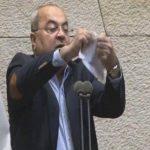 نتنياهو ينفي فكرة نقل المثلث إلى الفلسطينيين.. والطيبي يرد