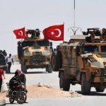 المرصد: تركيا تواصل إرسال تعزيزات عسكرية إلى سوريا