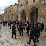 وزير شؤون القدس يدين تقييد الاحتلال دخول الفلسطينيين إلى الأقصى