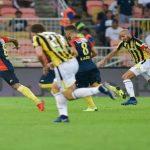 ركلة جزاء ضائعة تنقذ الاتحاد من الخسارة في الدوري السعودي