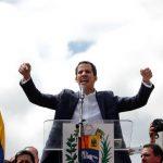 زعيم المعارضة يعلن تعرضه لإطلاق نار خلال تظاهرة في فنزويلا