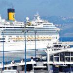 المغرب يعلق رحلات الركاب البحرية والجوية مع فرنسا