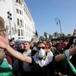 أول وفاة بفيروس كورونا في الجزائر