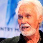 وفاة المغني الأمريكي الشهير كيني روجرز عن عمر 81 عاما