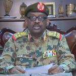 وصول جثمان وزير الدفاع السوداني إلى الخرطوم قادما من جوبا
